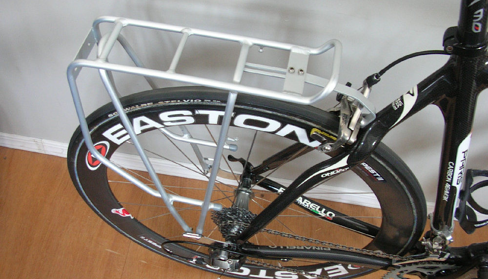 Axiom-Streamliner-Rack-on-Road-Bike.jpg
