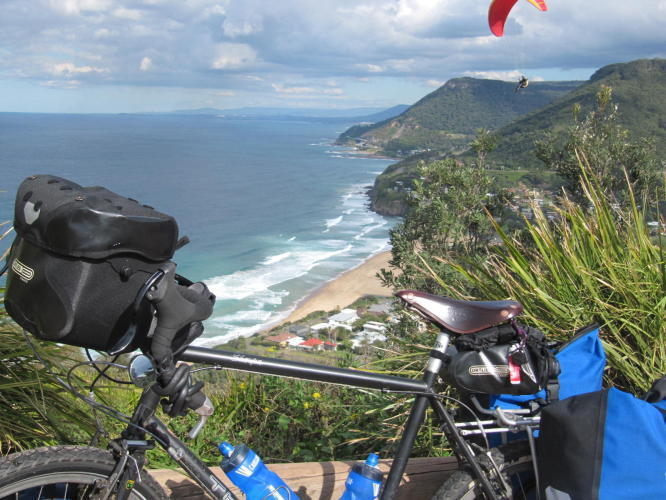 gong_Good_pic_bike_view_from_bald_hill.jpg