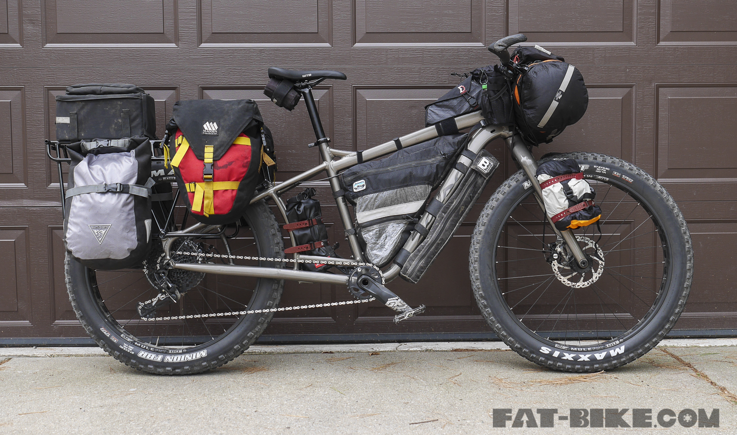 salsa-blackborow-midtail-fat-bike-11.jpg