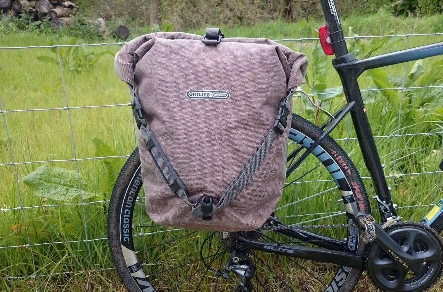 Ortlieb Single Back-Roller Urban Pannier - on bike 2.jpg